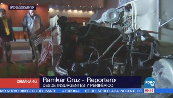 Vuelca camión en Insurgente y Periférico, CDMX