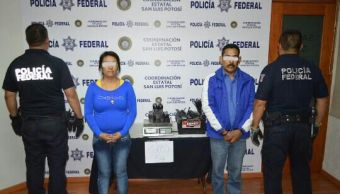 Aseguran 4 kilos de heroína en camioneta donde viajaban cinco menores en SLP
