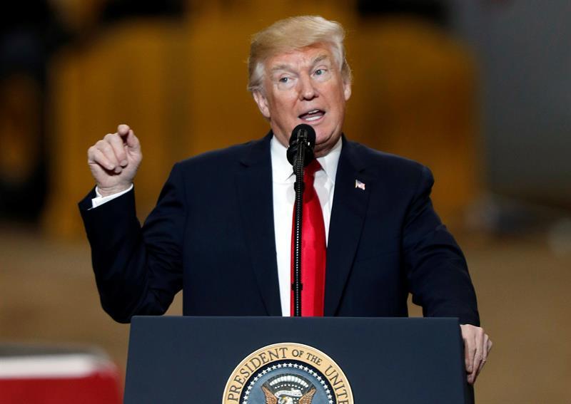 Se dispara detención de inmigrantes en juicios de deportación con Trump