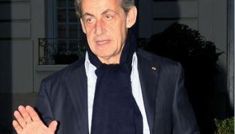 Sarkozy denuncia calumnias de cercanos a Gadafi tras imputación por financiamiento irregular