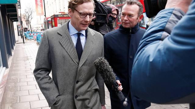 Parlamento británico cita al exconsejero delegado de Cambridge Analytica, Alexander Nix