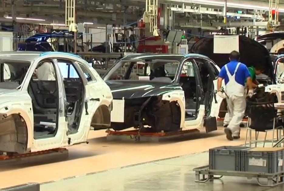 aumenta venta vehiculos hibridos y electricos diciembre 2017 amia