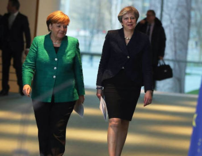 Angela Merkel y Theresa May, mujeres más influyentes del mundo. (Gettyimages)