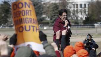 Cientos de personas protestan contra política migratoria de Trump
