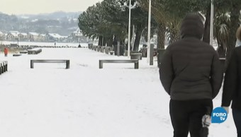Cambio climático: Europa se congela por calor en los polos