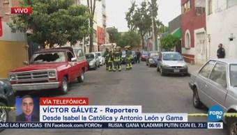 Camioneta se incendia en Isabel la Católica, en CDMX