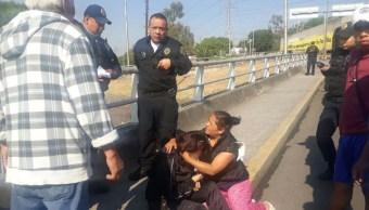 vecinos alvaro obregon evitan que menor se lance puente