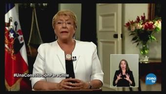 Chile: Michelle Bachelet propone una nueva Constitución