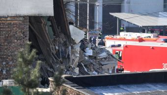 Mueren cuatro personas en colapso de un edificio en Polonia