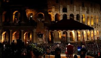 Concluyó Viacrucis en Coliseo Romano, presidido por papa Francisco