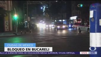 Continúa bloqueo en avenida Bucareli, CDMX