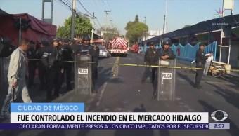 Controlan incendio en el Mercado Hidalgo de la CDMX