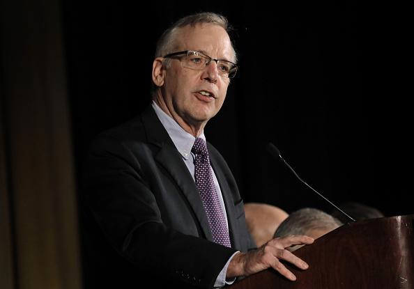 Cuatro alzas de tasas serían un enfoque 'gradual': Dudley