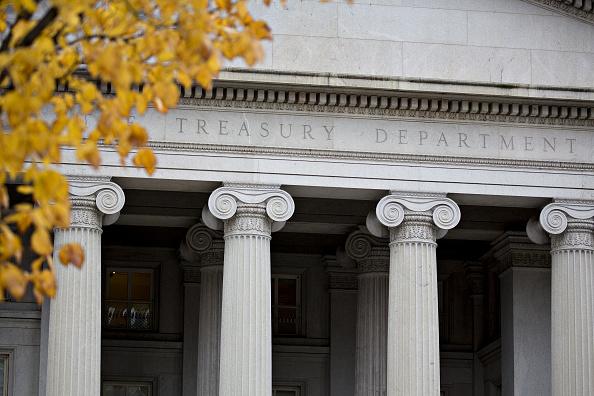 El déficit del gobierno de Estados Unidos llega a 215,000 mdd