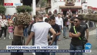 Devotos Realizan Viacrucis Taxco, Guerrero