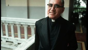papa aprueba canonización del arzobispo Oscar Arnulfo Romero