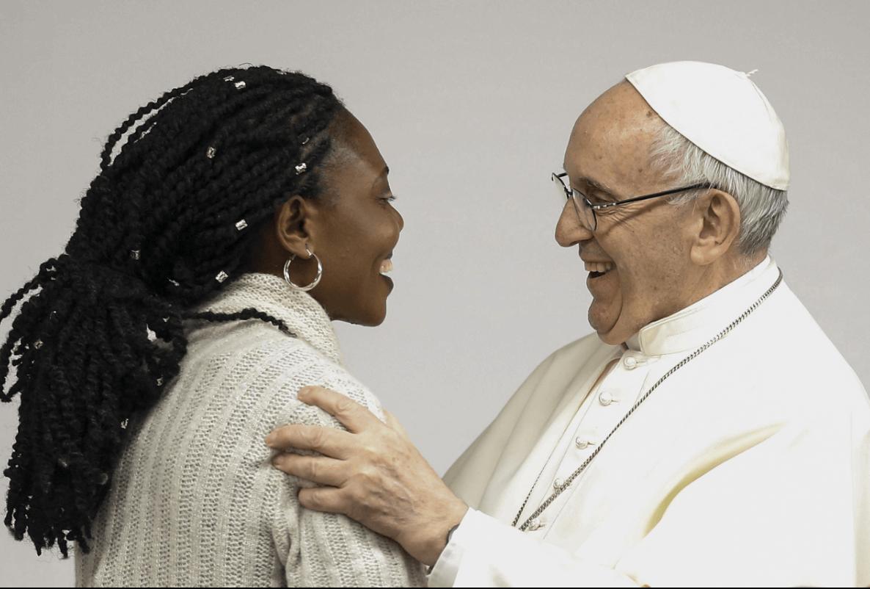 Condena Papa a clientes de prostitutas: 'Es torturar a una mujer'
