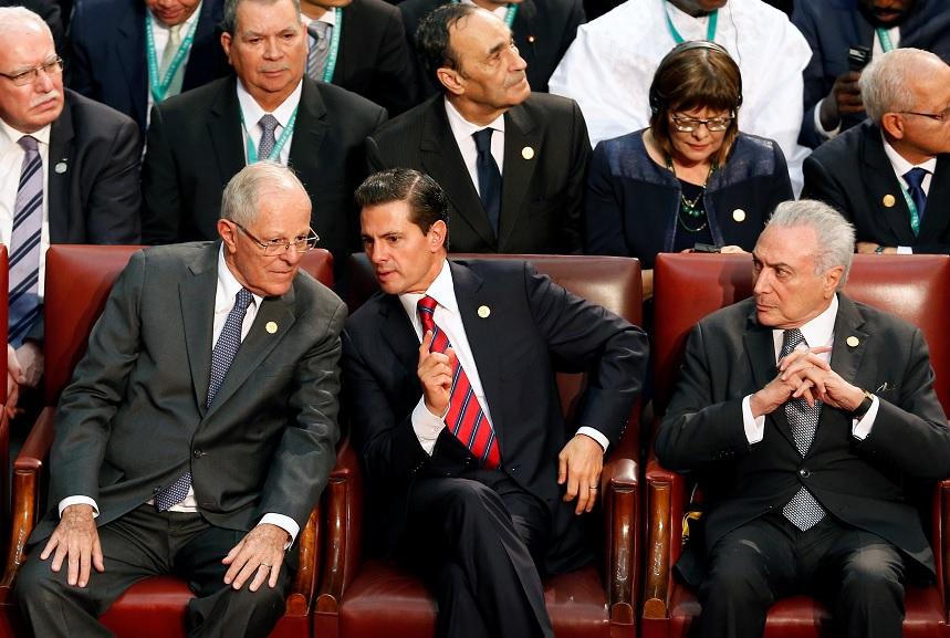 """EPN: Construcción de muro """"no es un gesto amistoso"""" de Donald Trump"""