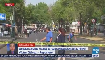 Estudiantes de la Preparatoria 5 bloquean Calzada de Las Bombas, CDMX