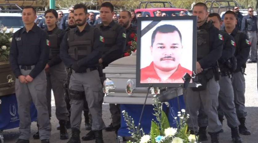 Rinden honores a policías asesinados en Ciudad Juárez, Chihuahua