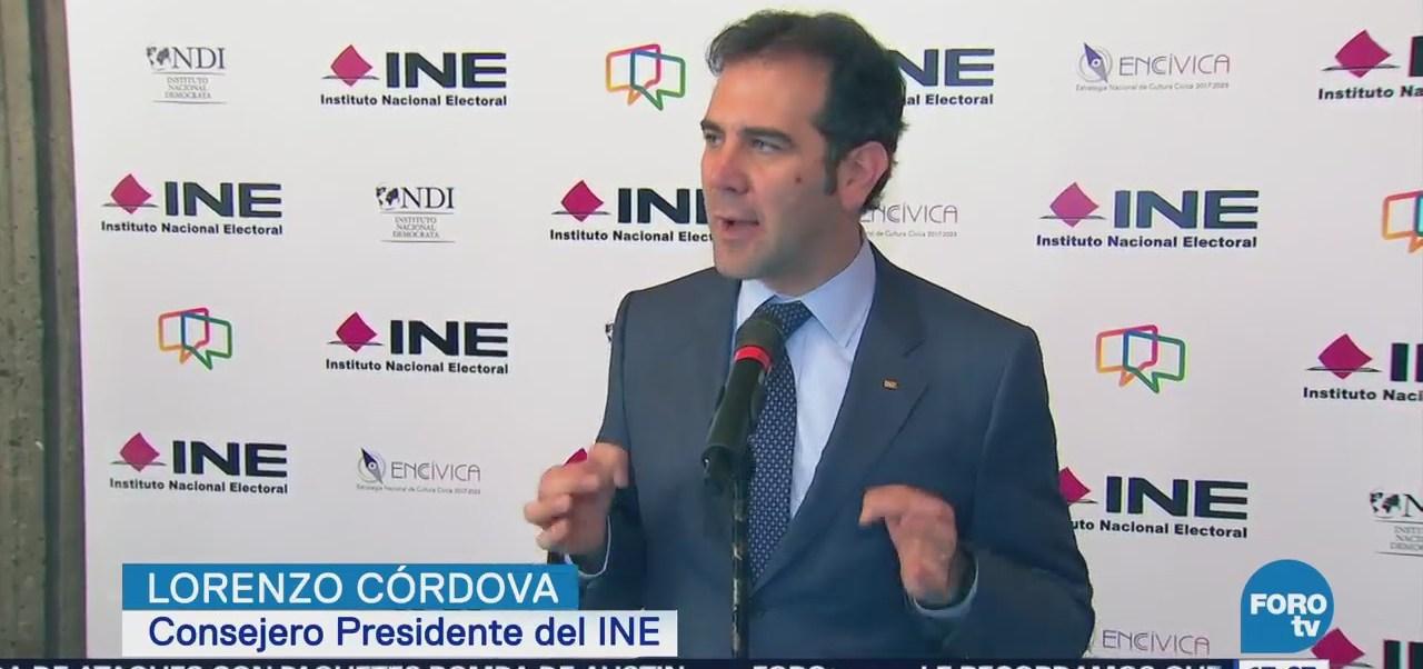 INE rechaza que datos de mexicanos estén en riesgo con Facebook