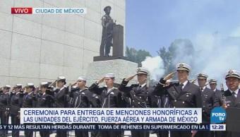 Inicia ceremonia de entrega de menciones honorificas al Ejército