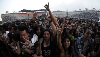 Jóvenes gastan entre 500 y 1,000 pesos en conciertos