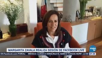 Margarita Zavala realiza sesión de Facebook Live