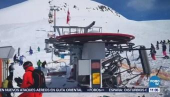 Desperfecto en telesilla deja 8 esquiadores lesionados en Georgia