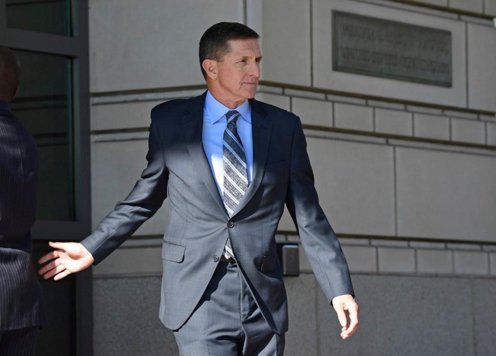 Michael Flynn renunció 24 días después de su nombramiento