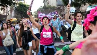 Miles marchan ciudades Latinoamérica repudiar feminicidios