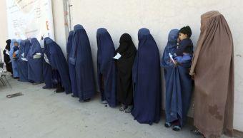 Revelan que feminicidios en Afganistán aumentaron 18.3 % en un año