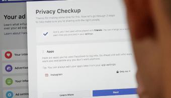 Facebook modifica sus normas de privacidad tras escándalo de Cambridge Analytica