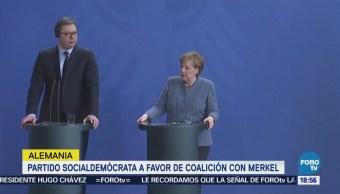 Partido Socialdemócrata a favor de coalición con Merkel