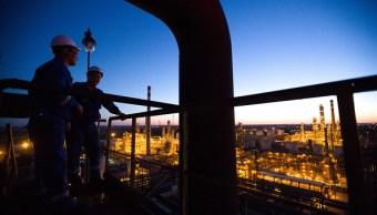 El petróleo reporta alza por especulaciones de la OPEP