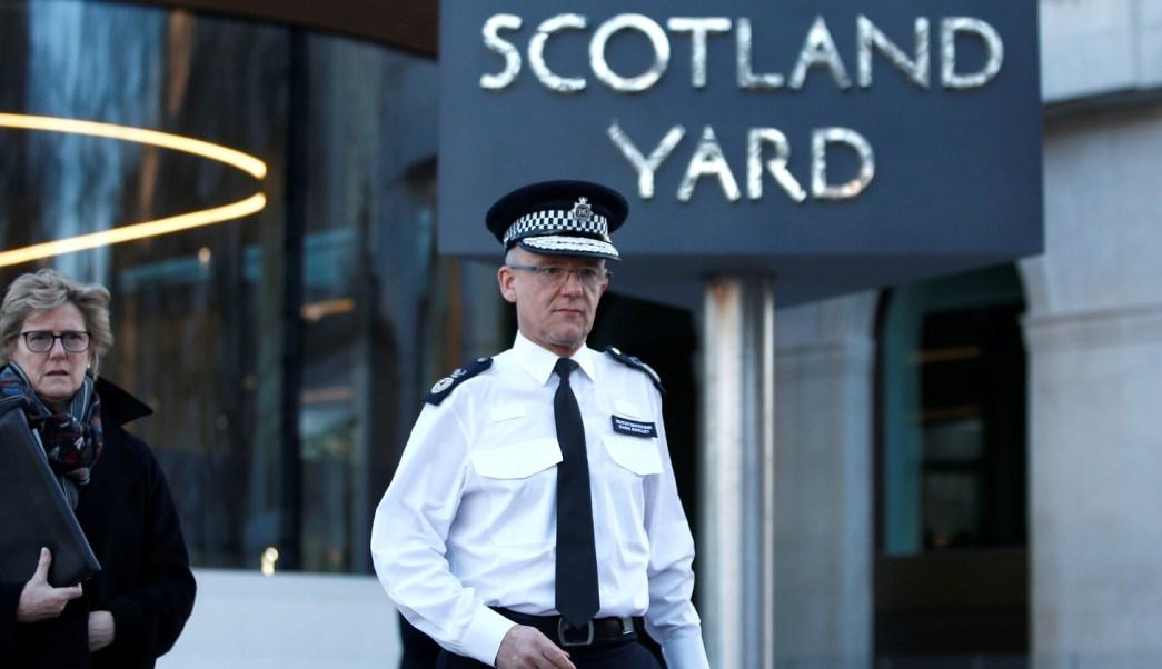 Policía británica: Exespía ruso e hija fueron envenenados con sustancia neurotóxica