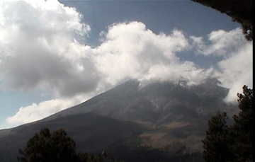 Volcán Popocatépetl registra 152 exhalaciones de baja intensidad