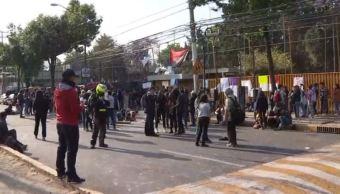 Estudiantes de Preparatoria 5 de la UNAM mantienen segundo día de paro