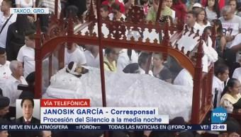 Procesión del silencio en Taxco Guerrero