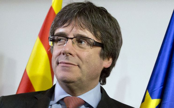 Trece procesados por rebelión, entre ellos Puigdemont, Junqueras y Turull