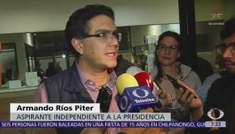 Ríos Piter entrega al INE solicitud de registro como candidato presidencial independiente
