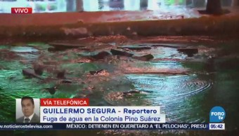 Se pierden miles de litros de agua por fuga en colonia Pino Suárez