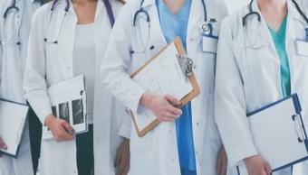 senado avala que personal medico ejerza clausula conciencia