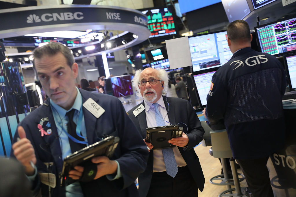 Wall Street se recupera de mal día para las Tech — Facebook