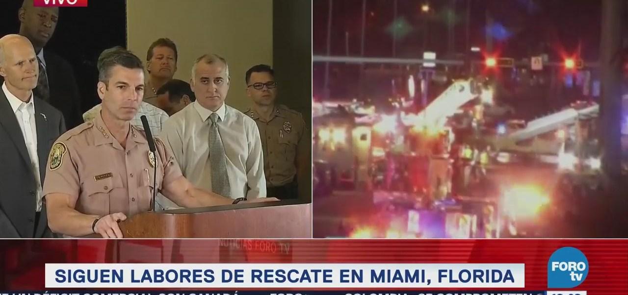 Siguen los trabajos de rescate por puente colapsado en Miami