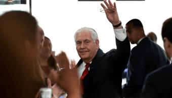 Tillerson se despide emocionado del personal del departamento de Estado