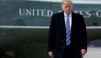 Trump ordena prohibir que personas transgénero sirvan Ejército