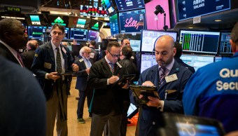 Wall Street abre al alza por repunte de acciones tecnológicas