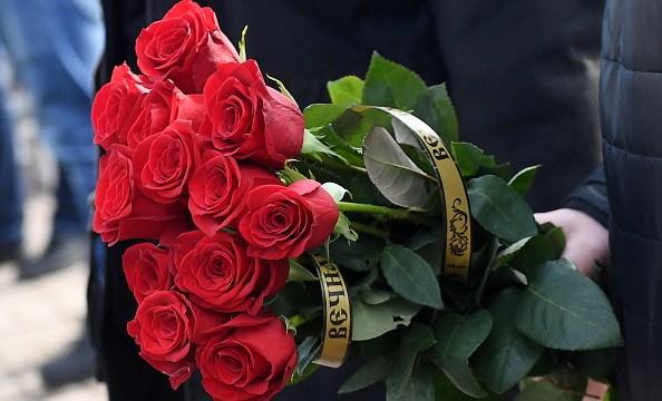 Floricultores mexiquenses se preparan para la venta de 10 de mayo