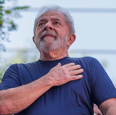 Dudo que mis opositores duerman tranquilos, dice Lula da Silva